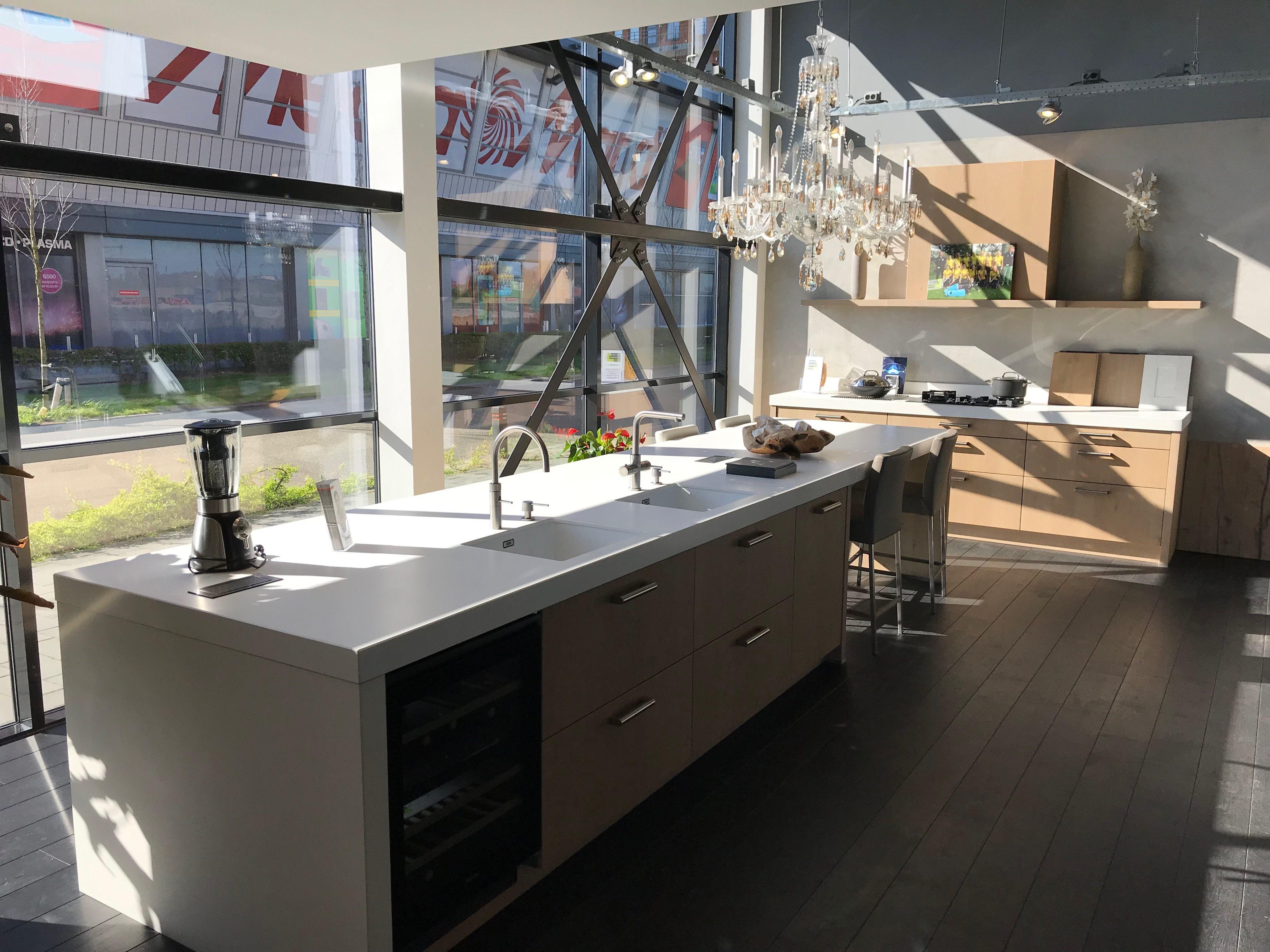 Showroom Keukens Te Koop Eiland De Wild Keukens
